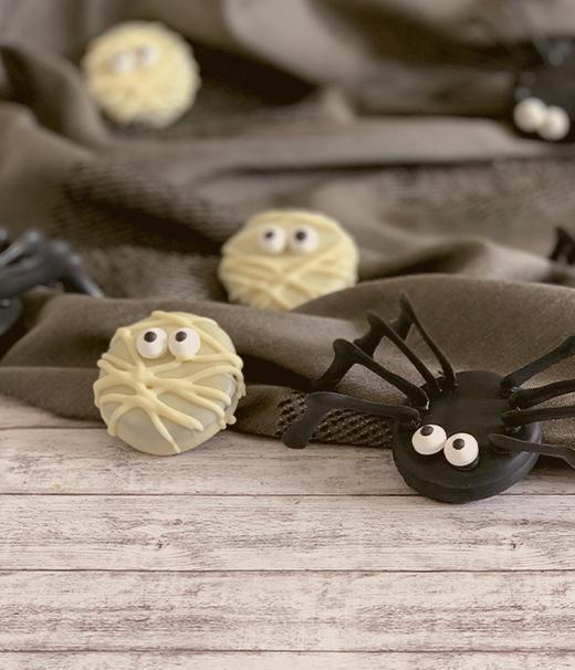 Keks-Spinnen leckerer Hingucker zu Halloween